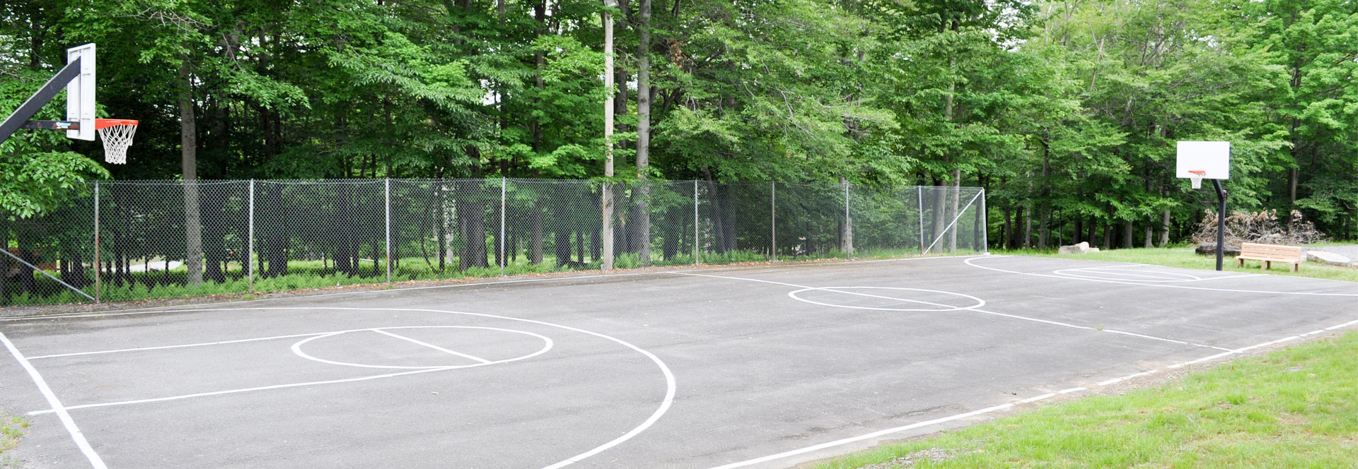 eagle-lake-beach1-basketball-courts